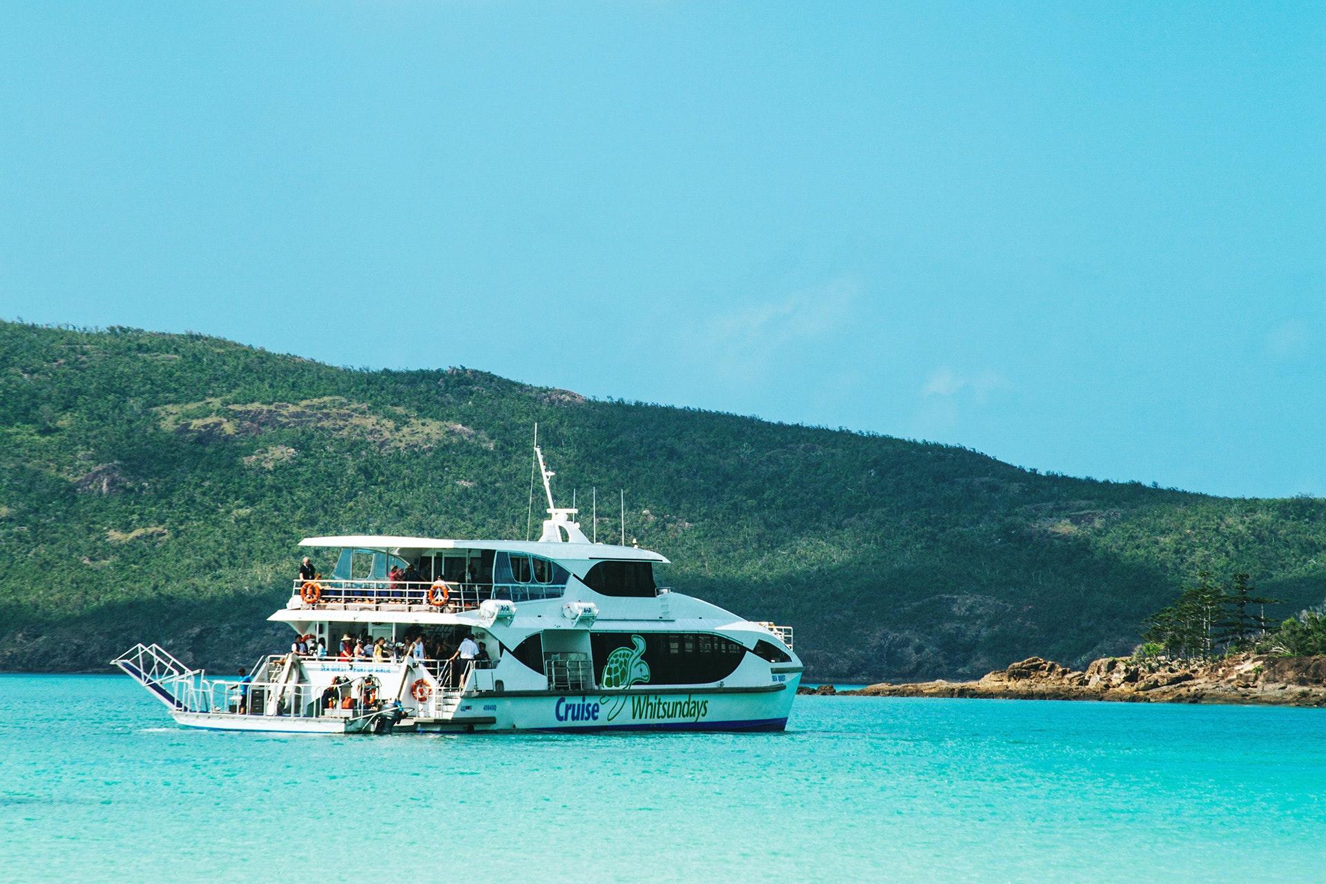 Island Paradise - Cruise Whitsundays